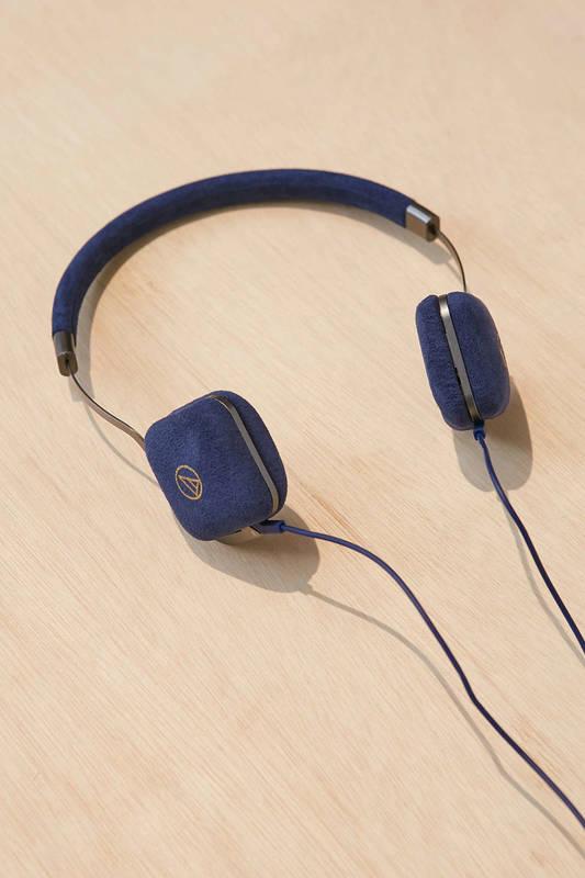 Audio-Technica ATH-UN1 Headphones