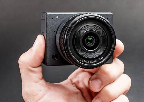 E1 Camera. 4K UHD interchangeable lens camera