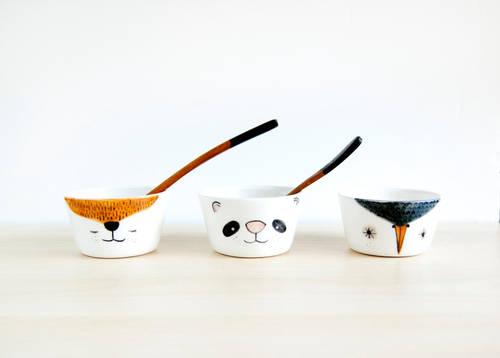 Small animals pottery bowls
