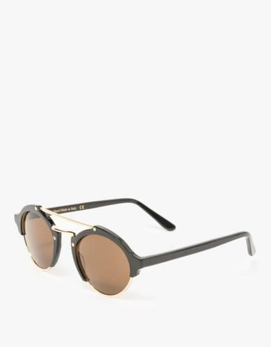 Illesteva / Milan in Black Sunglasses