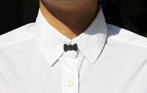 Bow Tie Button