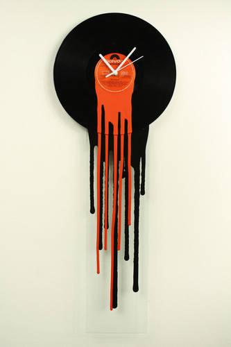 Retro Melting Vinyl Clock - Red Black