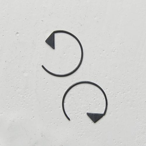 Les G'om'triques Hoop Earrings